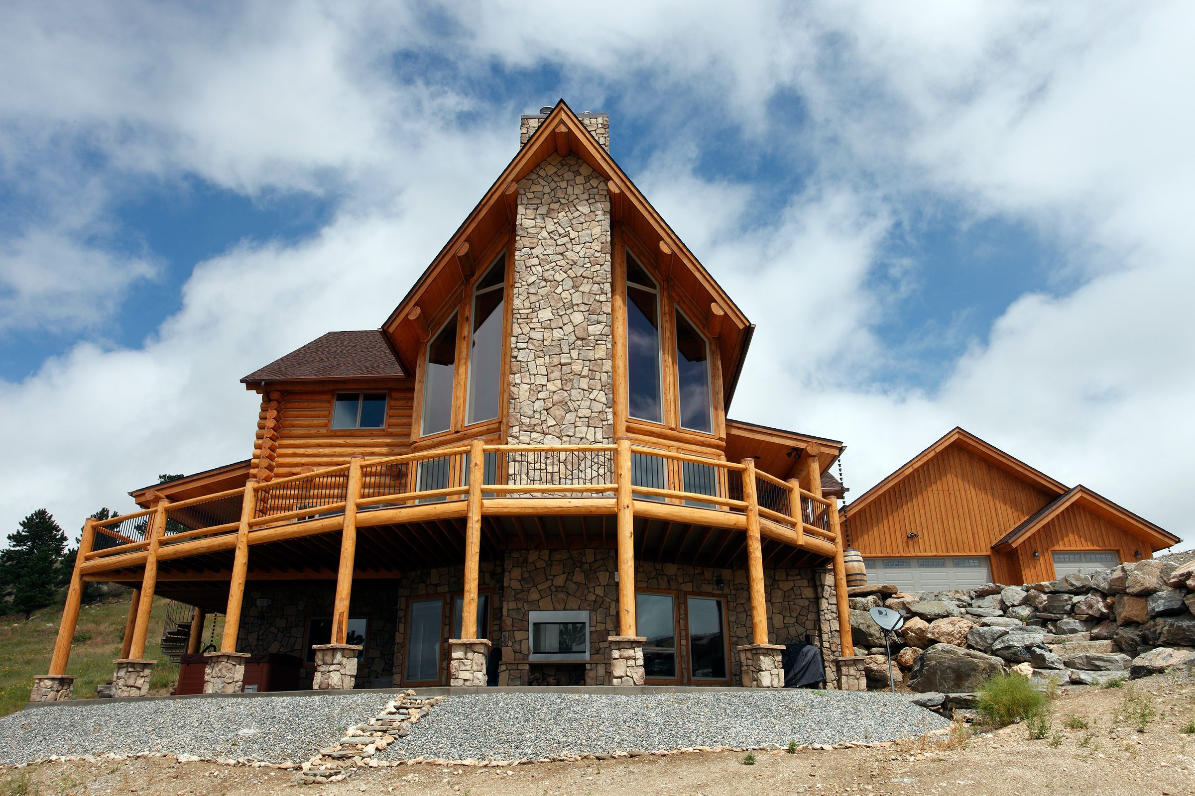 Decorating a log home home is here for House log