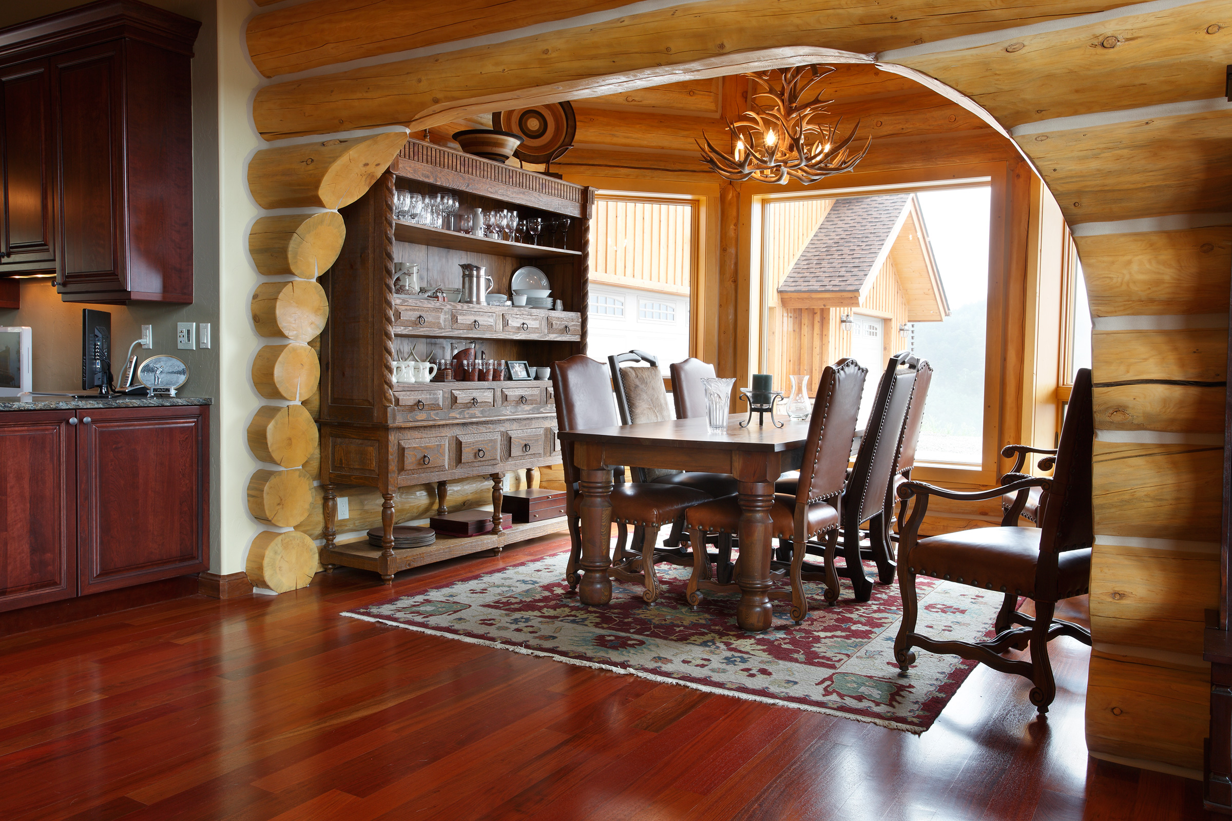 dining-room-log-home